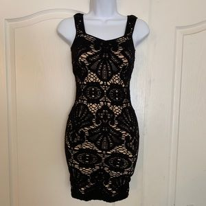 2/$40 Free People Bodycon Floral Lace Dress